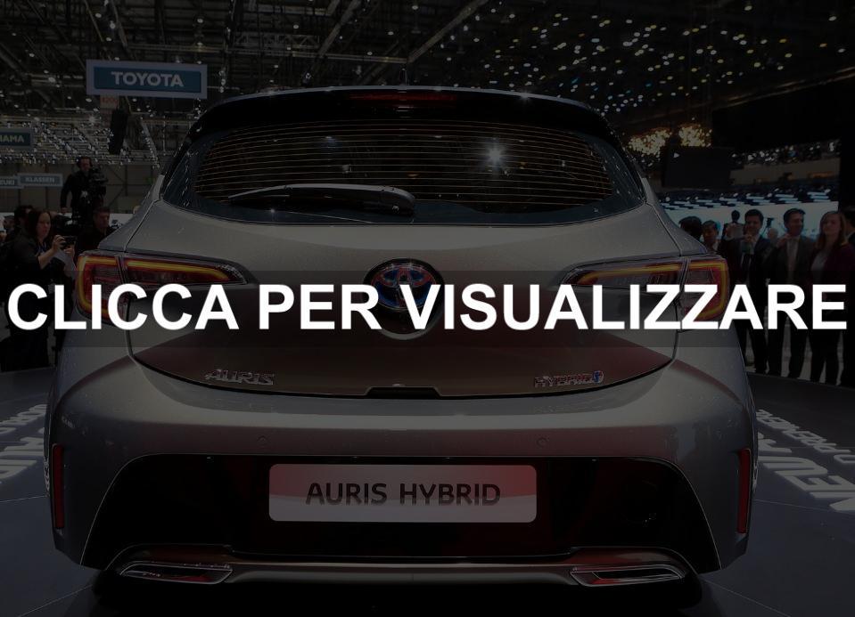 Posteriore nuova Toyota Auris Hybrid al Salone di Ginevra 2018