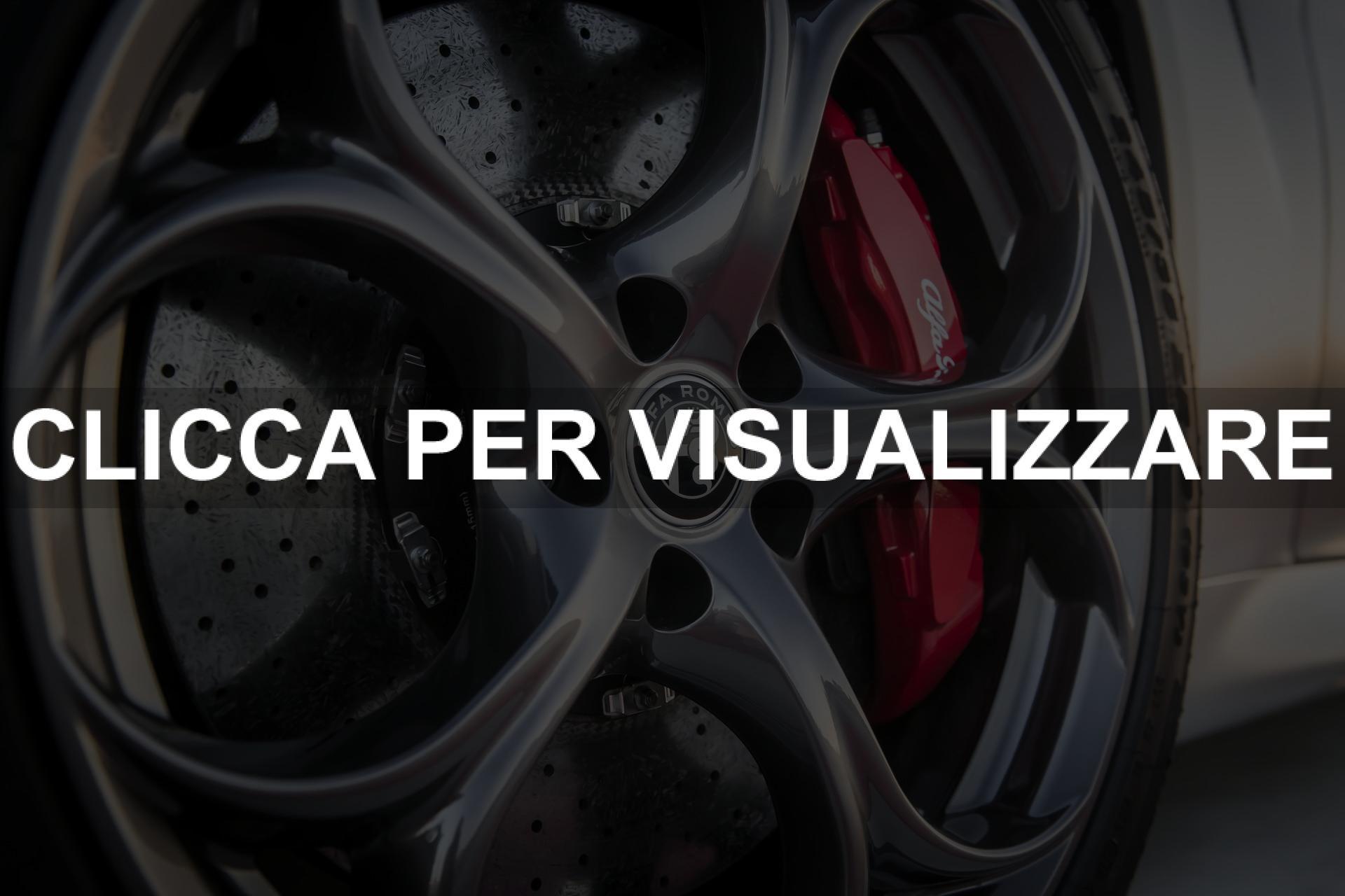 Cerchi e pinze freno rosse Alfa Romeo