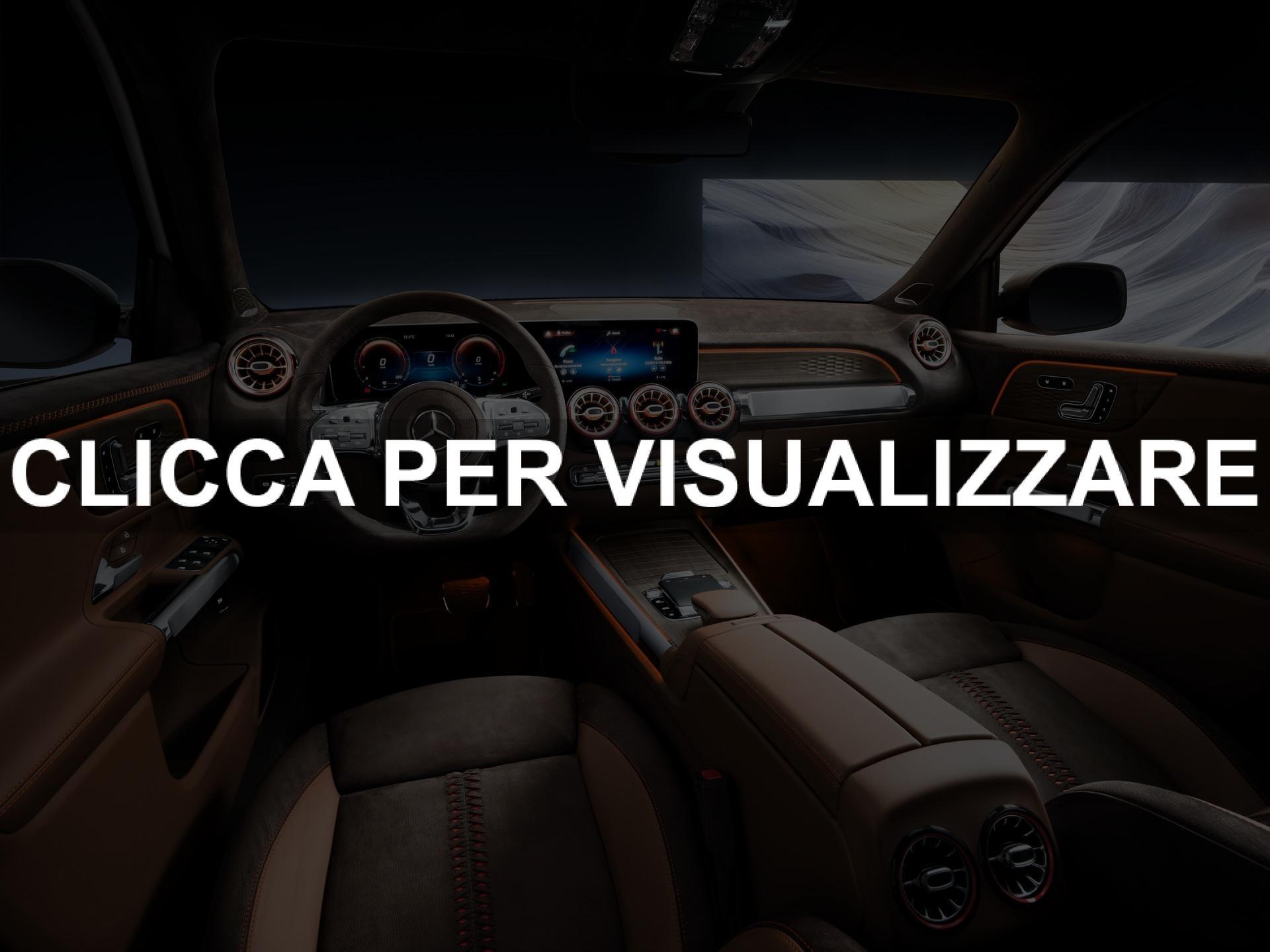 Interni concept nuovo suv Mercedes GLB