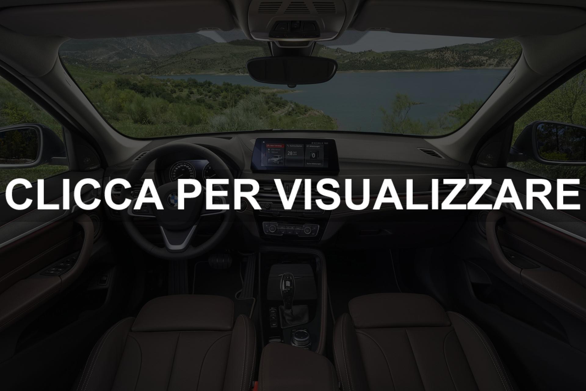 Immagine interni plancia e volante nuova BMW X1 2019