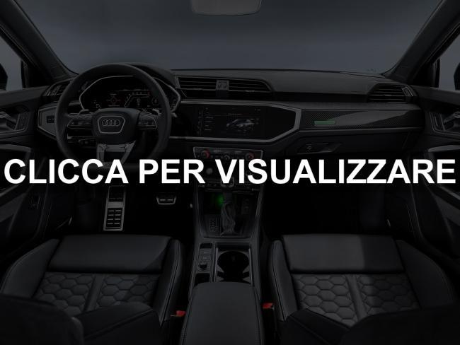 Foto interni nuova Audi RS Q3 Sportback