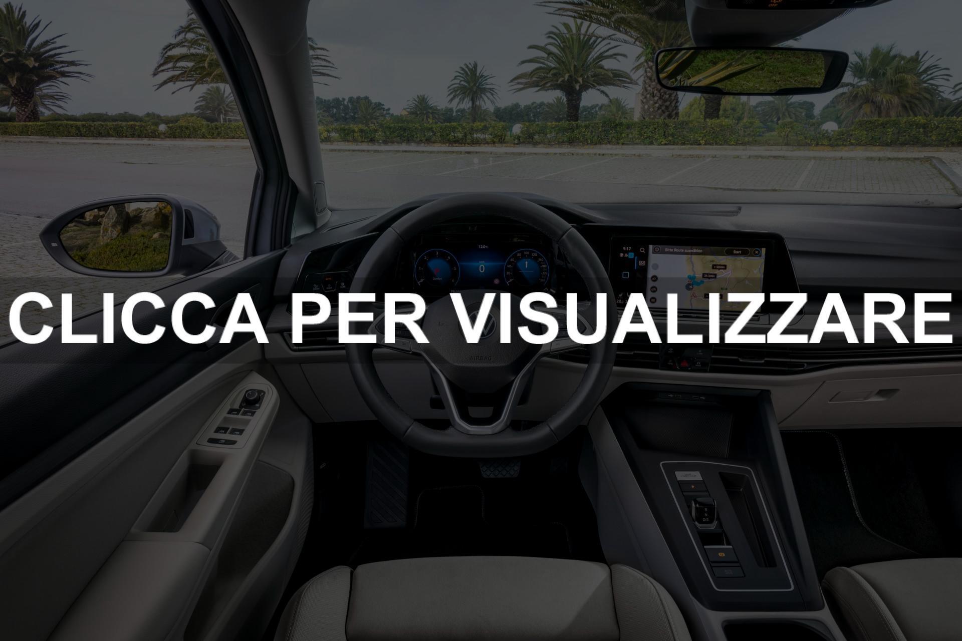 Interni e volante nuova Golf 8 2020