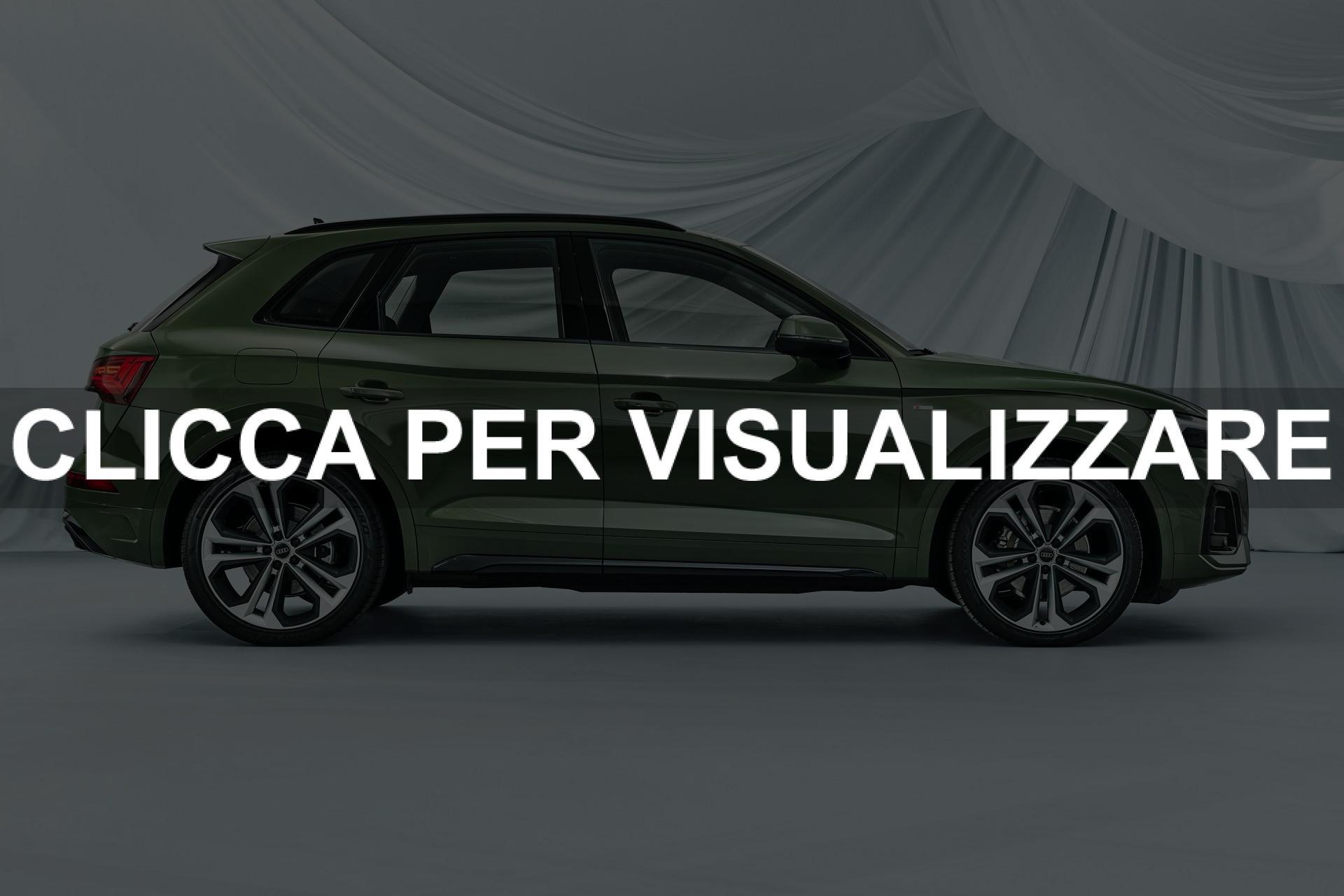 Foto Fiancata nuova Audi Q5 2020