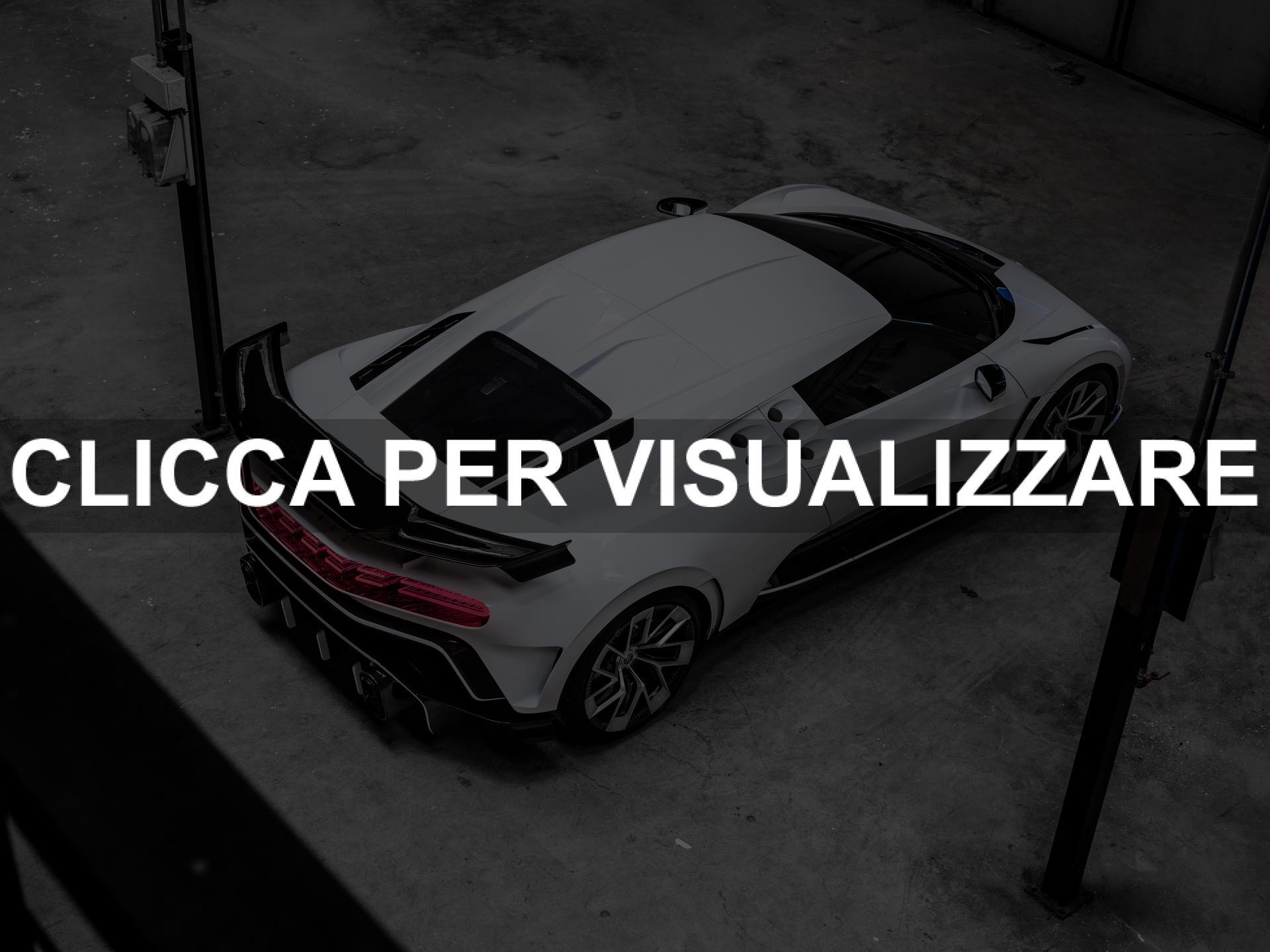 Bugatti Centodieci bianca e nera