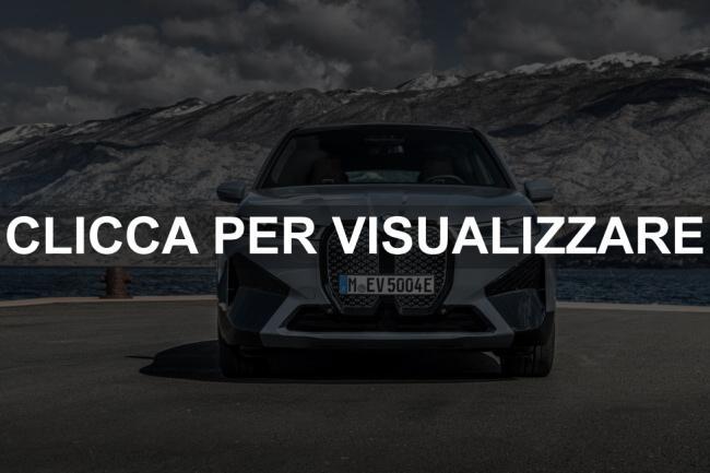 Immagine frontale nuovo suv elettrico BMW iX xDrive50