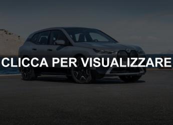 Nuovo suv elettrico BMW iX xDrive 40 e xDrive50